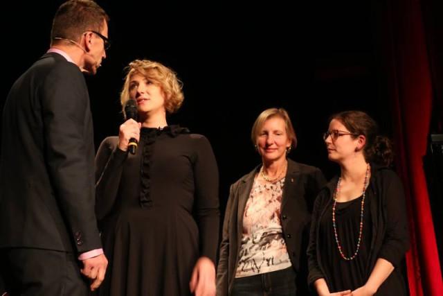 Beat Glogger im Gespräch mit den Autorinnen Fee Anabelle Riebeling, Barbara Vonarburg und Corinne Hodel